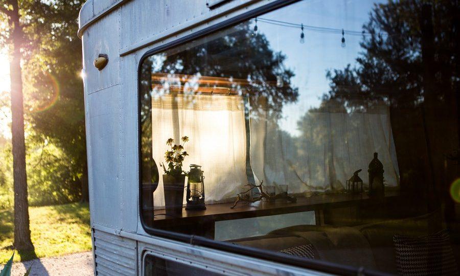 fenêtre neuve d'un mobil home