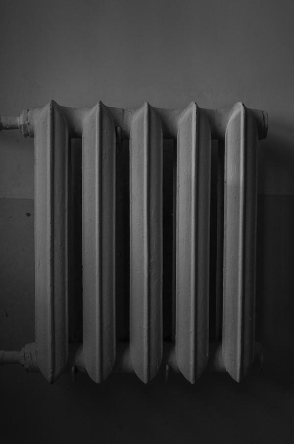 radiateur en fonte noir